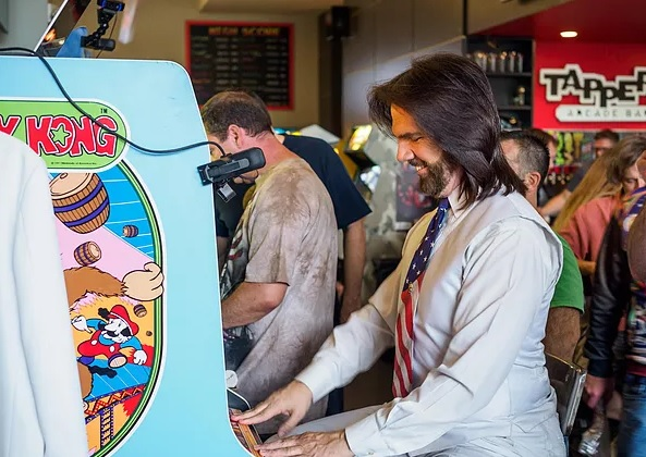 "fe2ed4ce4 The real Billy Mitchell at Tappers Arcade Bar before the 2018 Fringe  premiere of ""Arcadefire!"""